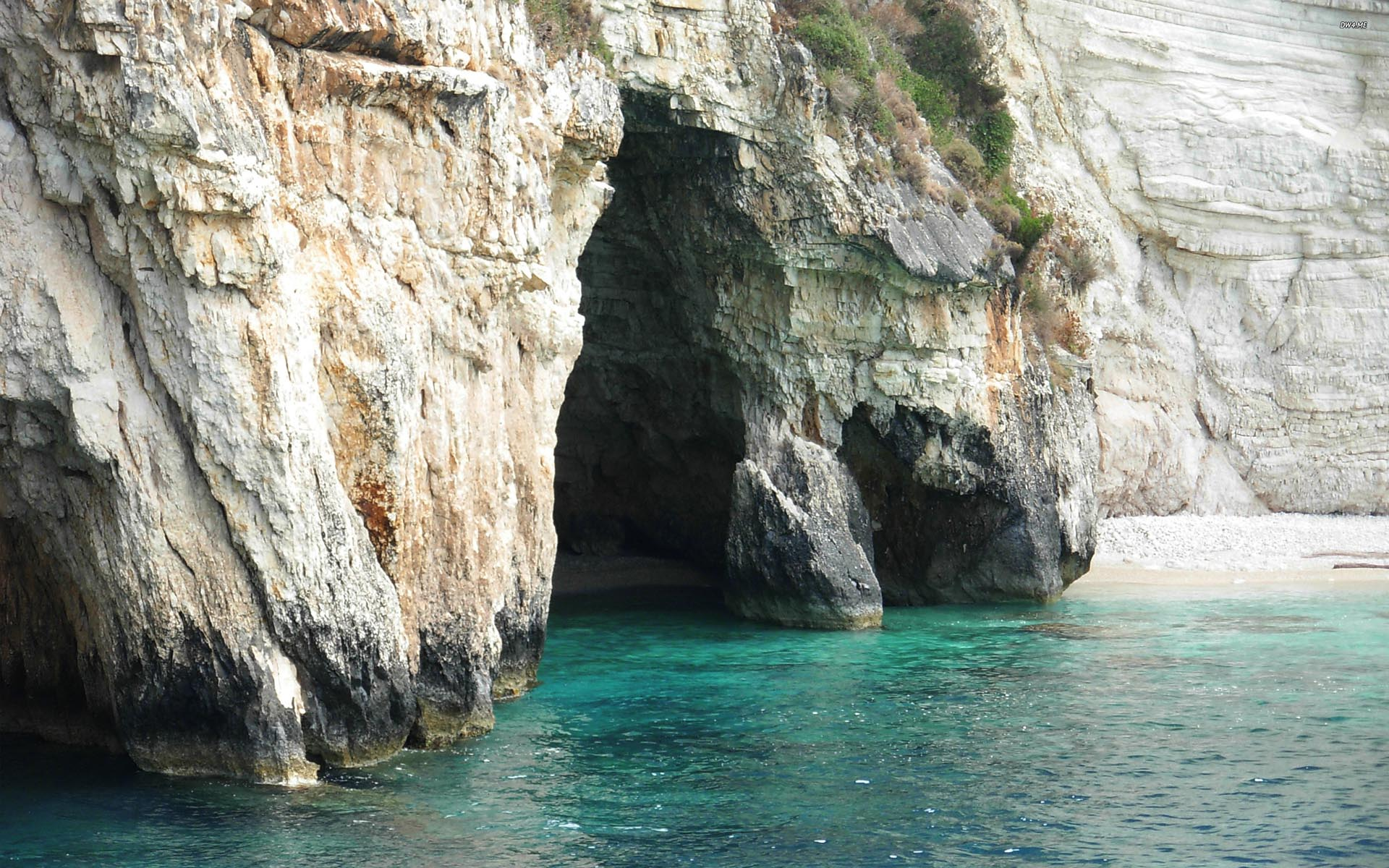 Yacht Charter Zante island Blue caves jumping to Sailing in Greece with GreekSunYachts Zakynthos
