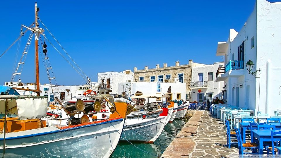 Sailing Greece Paros island Greek Sun Yachts