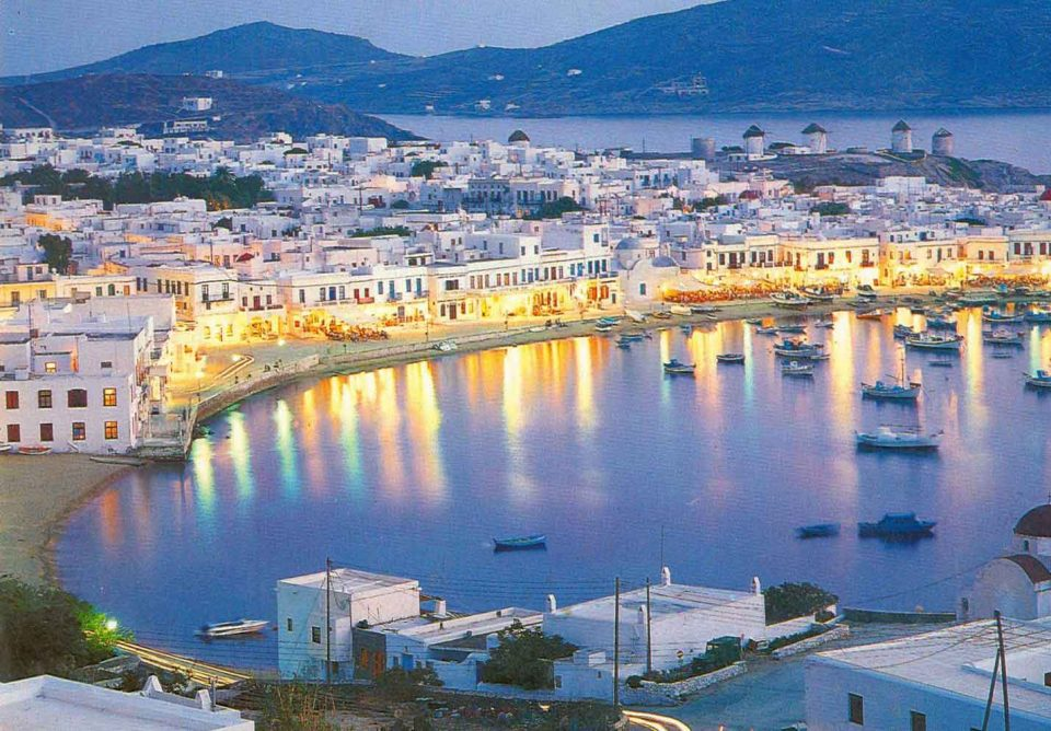 Sailing-Greece-Mykonos-island-10-Greek-Sun-Yachts
